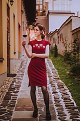 Šaty - Teplákové midi šaty In Vino - 12304615_