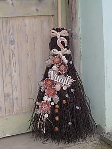 Dekorácie - Dekoračná metla z brezového prútia s podkovičkou - 12311558_