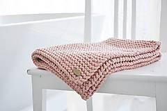 Úžitkový textil - Pletený koberček/predložka - marhuľková - 12309316_