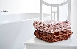 Úžitkový textil - Pletený koberček/predložka - marhuľková - 12309320_