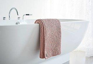 Úžitkový textil - Pletený koberček/predložka - marhuľková - 12309311_