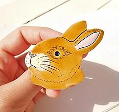 Brošne - Hnedý králik brošňa - 12313963_