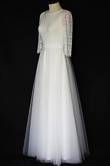 Šaty - Jednoduché svadobné šaty s rukávom z krajky - 12314665_