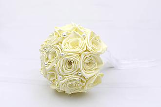 Kytice pre nevestu - Saténová kytica svadobná smotanová ruže - 12313955_