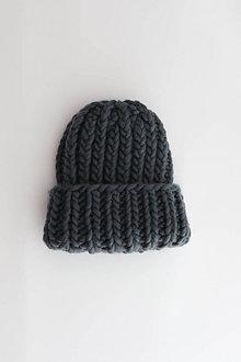 Čiapky - Chunky čiapka vo farbe Eagle Grey - 12316669_