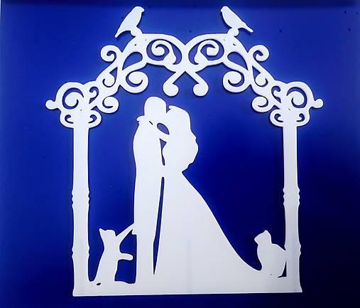 Svadobný zápich - pár v altánku