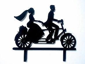 Dekorácie - Svadobný zápich - mladomanželia na bicykli (Čierna) - 12317523_
