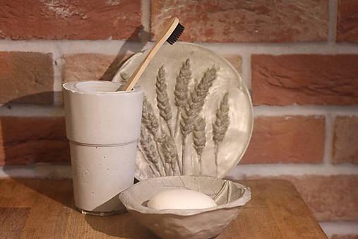 Betónový list na mydlo a pohár na kefky