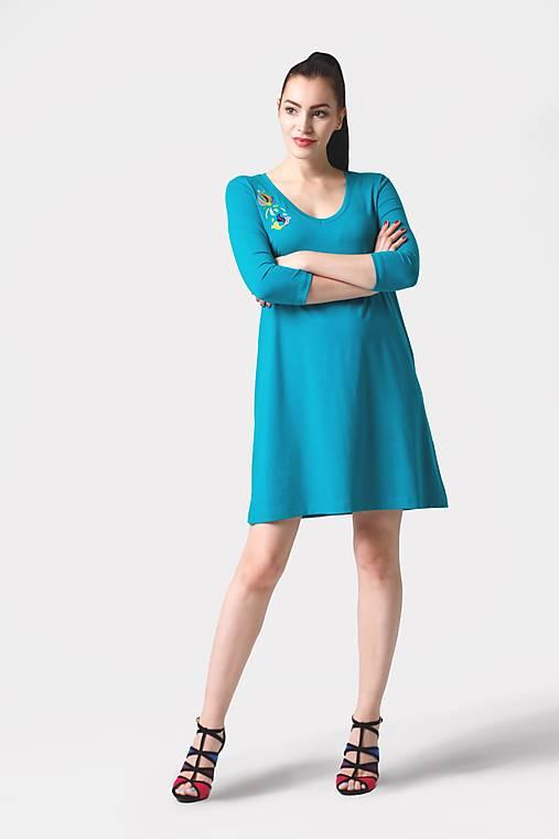 Šaty - Šaty voľné tyrkysové s výšivkou - 12324965_