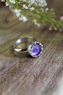 Prstene - ametyst prsteň strieborný (ródiované striebro!) SUPERAKCIA! - 12323523_
