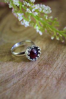Prstene - granát prsteň strieborný (ródiované striebro!) SUPERAKCIA! - 12327854_