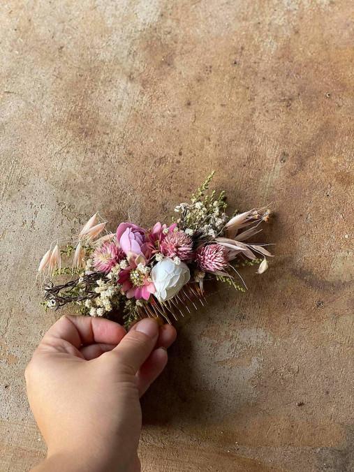 """Kvetinový hrebienok """"letmé pohladenie"""""""
