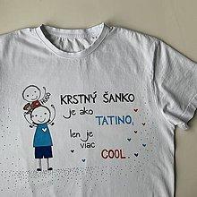 Tričká - Originálne maľované tričko pre KRSTNÚ/ KRSTNÉHO s 2 postavičkami (krstný + chlapček) - 12328881_