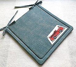 Textil - Podsedák na školskú stoličku  tyrkysový (retro požiarnice auto) - 12329867_