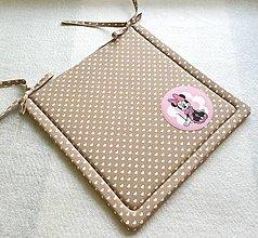 Textil - Podsedák na školskú stoličku č.13 (srdiečkový s Minie) - 12329914_