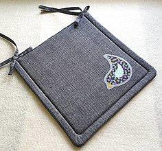 Textil - Podsedák na školskú stoličku  č.9 (Vtáčik č.1) - 12329924_