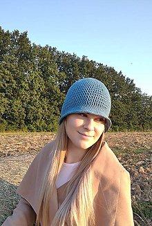 Čiapky - Háčkovaný klobúk v svetlo indigovej - 12336826_