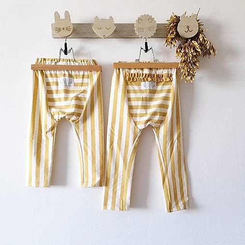 Detské oblečenie - Legíny mini - Žlté pruhy  - 12340004_
