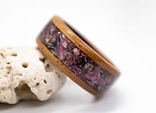 Prstene - Drevený prsteň s kvetmi vresu - 12342016_