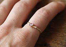 Prstene - Prsteň dámsky Vetvičkový s ružovým turmalínom - 12341542_
