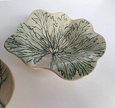 Nádoby - Keramická miska s rastlinným motívom - 12342312_