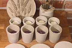 Svietidlá a sviečky - Nedokonalé dokonalé betónové svietniky - 12341499_