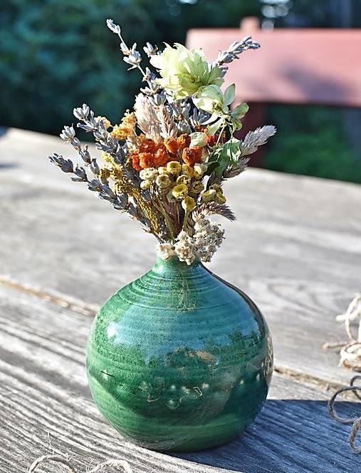 Dekorácie - Rozkošná guľatá váza - 12343290_