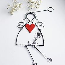 Dekorácie - anjel s veľkým srdcom 37cm - 12347393_