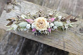 Ozdoby do vlasov - Kvetinový hrebienok do vlasov - 12348306_