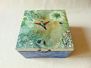 Krabičky - Drevená krabička Kolibrík - 12347316_