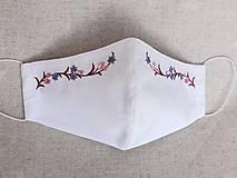 Rúška - Biele rúško 2-vrstvové s výšivkou Kvietky - 12350108_