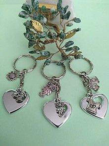 Kľúčenky - Kľúčenka srdce s príveskom (dievčenská) - 12351600_