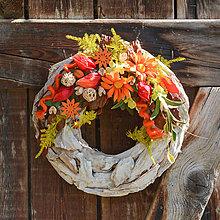 Dekorácie - Jesenný drevený veniec - 12350808_