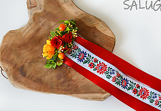 Ozdoby do vlasov - Kvetinový hrebienok do vlasov so stuhami - folklórny - červený - 12350802_
