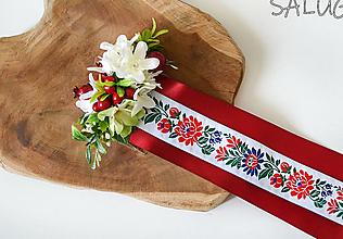 Ozdoby do vlasov - Kvetinový hrebienok do vlasov so stuhami - bordový - vínový - folklórny - 12351016_
