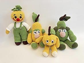 Hračky - zelenina a ovocie háčkované /pán Cibuliak,hrušky,jabĺčko - 12351103_