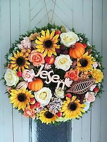 Dekorácie - Jesenný veniec - 12355226_