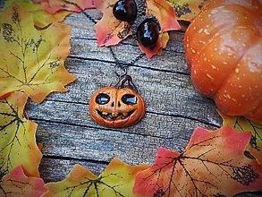 Náhrdelníky - jack o'lantern halloweenska tekvica usmiata - 12352706_