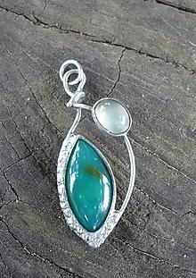 Náhrdelníky - Gem Silica a mesačný kameň - 12356813_