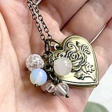Náhrdelníky - Crystal Aqua Aura Opalite Locket Necklace 3 in 1 / Otvárací medailón s minerálmi - 12360554_