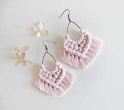 """Náušnice - makramé náušnice """"slzičky"""" (baby pink) - 12359463_"""