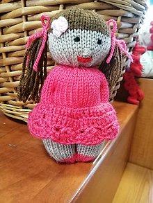 Hračky - Pletená bábika - 12361570_