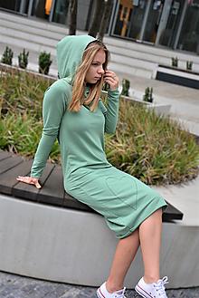 Šaty - Teplákové šaty Clara Smoke Mint s kapucňou a predĺženým rukávom - 12364092_