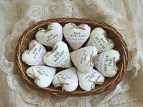 Darčeky pre svadobčanov - Srdiečka levanduľové,prírodné s textom - 12367127_