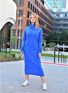 Šaty - Teplákové šaty Clara Velvet s kapucňou a predĺženým rukávom - 12368154_