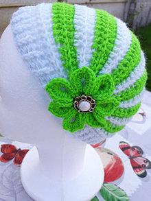 Čiapky - Háčkovaná čiapka Eliotka  bielo zelená pre malé slečny - 12366044_
