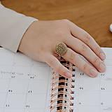 Prstene - BUTTON S matný béžový prsteň - 12366503_