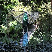Dekorácie - Vitrážový anděl bleděmodrý - 12373263_