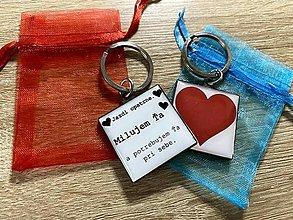 Kľúčenky - Štvorcová kľúčenka Jazdi opatrne - 12370484_
