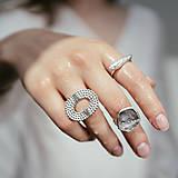Prstene - Výrazný prsten Tess - 12374073_